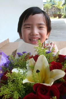 Free Boy Holding Bouquet Stock Images - 3596104