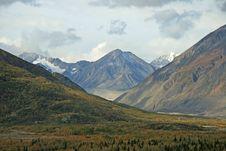 Free Alaskan Landscape Royalty Free Stock Photo - 3596975