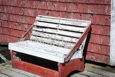 Free Rickety Wooden Bench Stock Image - 35900701