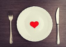 Free Plate, Fork, Knife And Red Heart Stock Photos - 35904613