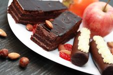 Free Sweets And Fruits Royalty Free Stock Photography - 35911577