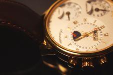 Free Golden Colour Luxury Chronometer &x28;macro&x29; Royalty Free Stock Photo - 35945395