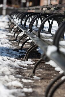 Free Benches Royalty Free Stock Photography - 35945407
