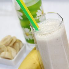 Free Banana Milkshake Stock Photos - 35946763