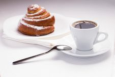 Free Continental Breakfast With Coffee And Sweet Bun Stock Images - 35953774