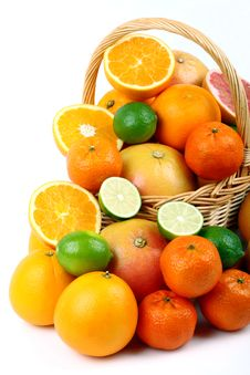 Free Mixed Citrus Fruit In Wicker Basket Stock Photo - 35953860
