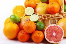 Free Mixed Citrus Fruit In Wicker Basket Stock Photo - 35954420