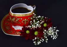 Free Cup Of Coffee And Flowers Stock Images - 35961774