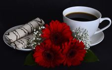 Free Cup Of Coffee, Cookies And Flowers Stock Image - 35962271