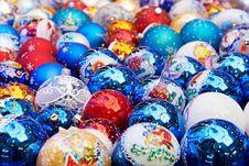Free Sparkling Christmas Balls Stock Image - 35964931
