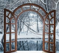 Free Open Door And A Winter Forest Stock Image - 35971121