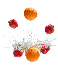 Free Splashing Fruits Royalty Free Stock Images - 35972479