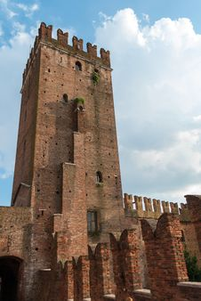 Free Castelvecchio Royalty Free Stock Photos - 35977908