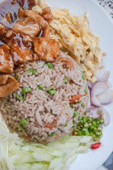 Free Fried Rice With Shrimp Paste Royalty Free Stock Photography - 35983857