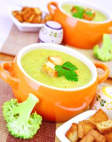 Free Tasty Cream Soup Royalty Free Stock Image - 35983866