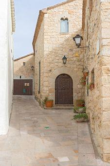 Free Castellet Castle Near Foix Dam At Barcelona, Spain Stock Photography - 35986092