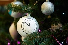 Free Christmas Ball With Clock Face Stock Images - 35989184