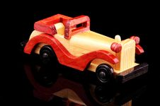 Free Wooden Car Royalty Free Stock Photography - 366667