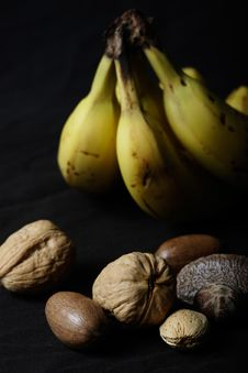 Free Banana And Nuts Stock Photography - 369102