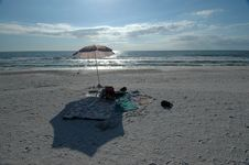 Free Beach Blanket And Umbrella Stock Images - 369914