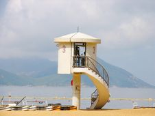 Free Lifeguard Station Royalty Free Stock Image - 3601106