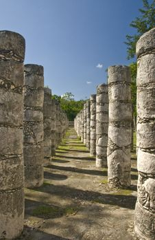 Free Ancient Columns At Chichen Itza Mexico Stock Photography - 3608482