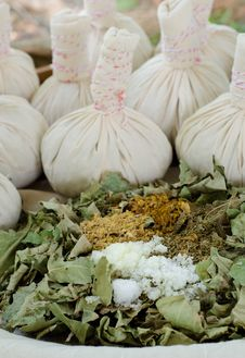 Free Thai Herbal Compress Ball Stock Photo - 36002670