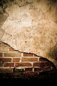 Free Grunge Wall Of The Old House. Royalty Free Stock Image - 36002776