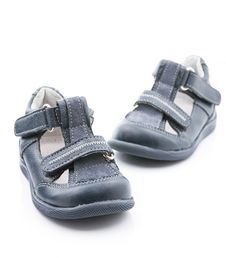 Free Baby Shoes Stock Photography - 36003062