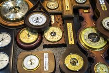Free Vintage  Barometers And Thermometers Royalty Free Stock Photography - 36008857