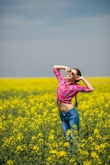 Free Young Beautiful Woman In Flowering Field In Summer. Outdoors Royalty Free Stock Photos - 36009348