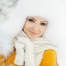 Free Winter Portrait Of Beautiful Smiling Woman With Snowflakes In White Furs Royalty Free Stock Photo - 36021675