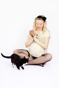 Free Woman Plays With Cat Royalty Free Stock Images - 36023949