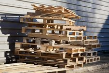 Free Pallets Royalty Free Stock Photos - 36042128