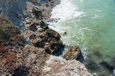 Free Rocky Coast Of The Black Sea Royalty Free Stock Photography - 36044037