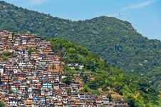 Free View Of Poor Living Area In Rio De Janeiro Royalty Free Stock Photo - 36045875