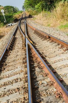 Free Railway Tracks Royalty Free Stock Images - 36054229