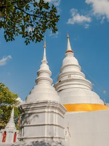 Free Thai Temple Royalty Free Stock Photos - 36068798