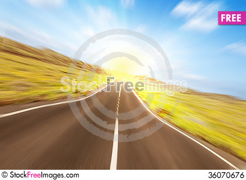 Free Asphalt Road To The Sun Royalty Free Stock Image - 36070676