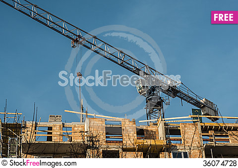 Free Construction Crane At The Construction Site Royalty Free Stock Photos - 36074728