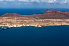 Free View To La Graciosa  - Volcanic Island, Canary Stock Images - 36071584