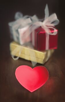 Free Gifts And Heart Royalty Free Stock Photo - 36078355