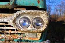 Free Rusted Truck Headlights Stock Photo - 36082930