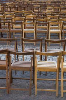 Free Empty Chairs Stock Photos - 3615083