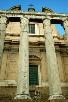 Free Basilica Di Massenzio Royalty Free Stock Images - 3617309