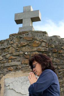 Free Praying Woman Royalty Free Stock Image - 3618326