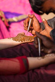 Free Henna Mehndi Ceremony Stock Photo - 36107240