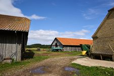 Traditional Farm Yard And Barns Royalty Free Stock Photos