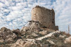 Free The Ruins Of An Ancient Fortress In Balaklava Stock Photography - 36112382