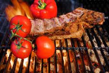 Free Pork Ribs In A Flame In A  BBQ  Grill Stock Photography - 36115862